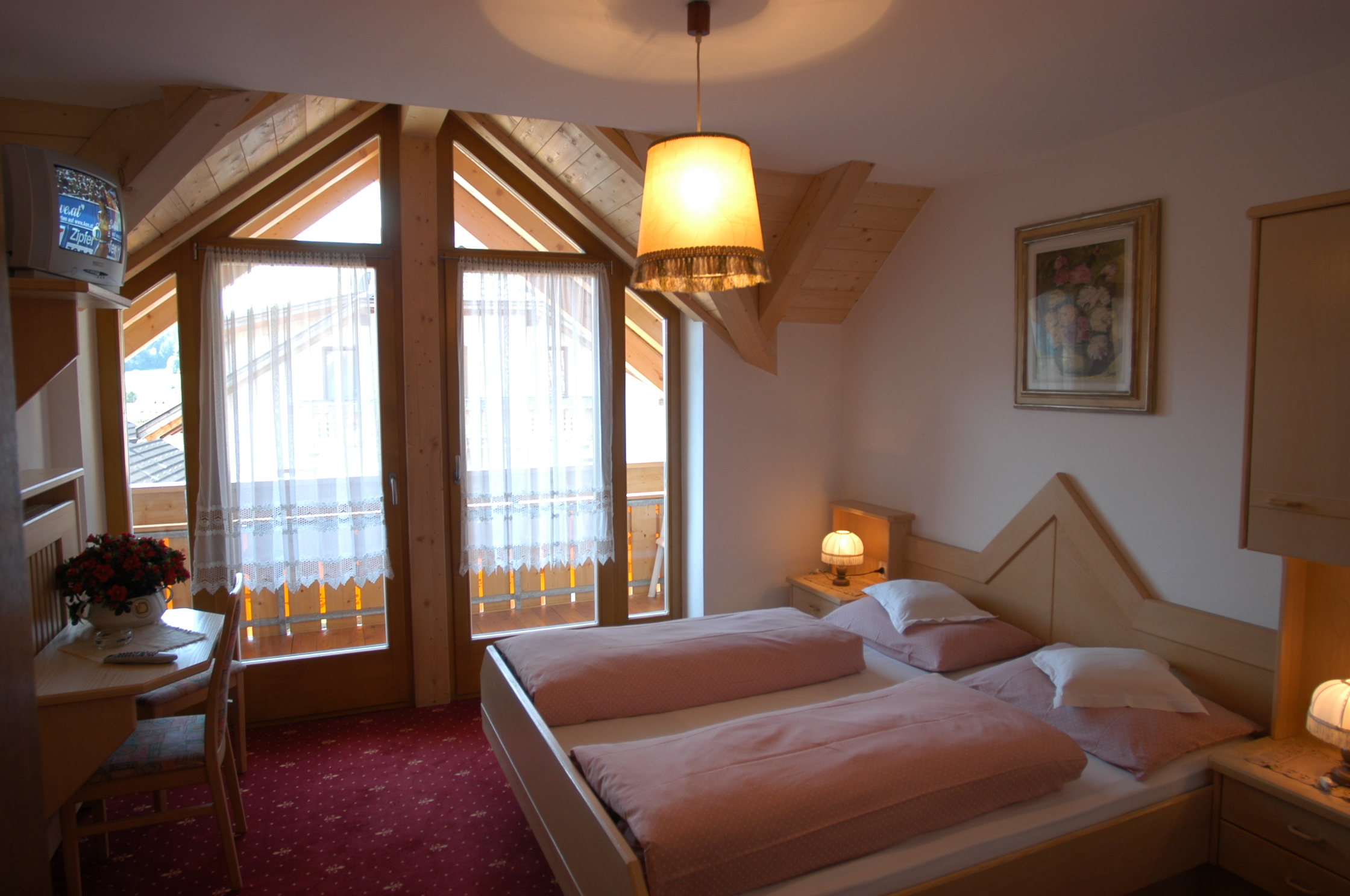 Single and double rooms